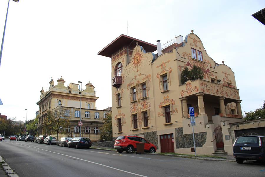 9. Vila Helenka, Vila Václavka, Vila Na Václavce 15